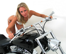 Best Selling Motorcycle Handlebar T-Bar with LED Light for Harley Davidson Models in Chrome Plated finish