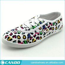 Zapatos de leopardo de las muchachas zapato de los niños
