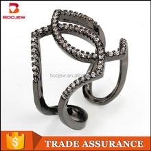 Beatuiful cute women ring Line female ring zircon black gold engagement ring for women