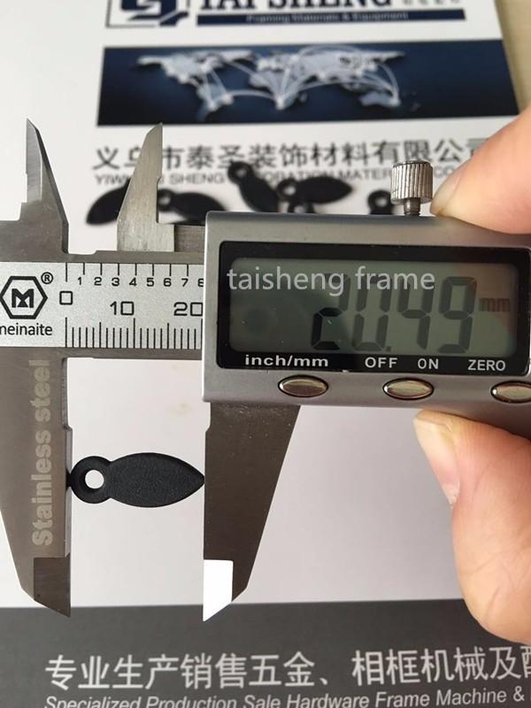 Tsk210 plástico Botón de vuelta en negro hardware marco de fotos ...
