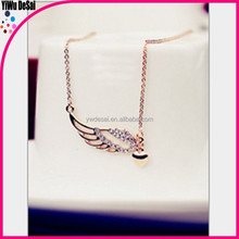 Fashion female hearts filled with Europe and the United States high-grade one wing necklace