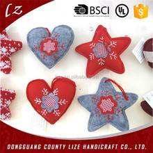2015 new hotsale fashion handmade cheap wholesale hanging tree decor heart/tree/star shapes crafts felt Christmas ornaments