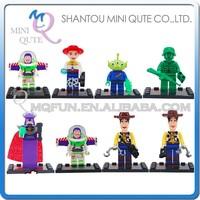 Mini Qute LEBQ 8pcs/set American cartoon model Toy Story woody buzz boys building block action figures educational toy