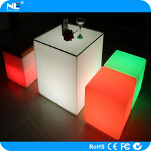 new product rechargeable waterproof color changing led bar chair/led cube table for bars/gardens/pool/home decoration