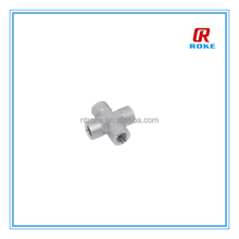 stainless steel 304 cross female NPT connection fitting