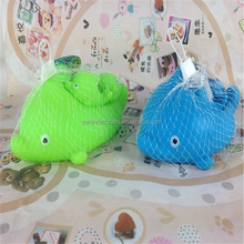 2016 China supplier cute shaped vinyl floating dolphin bath toy
