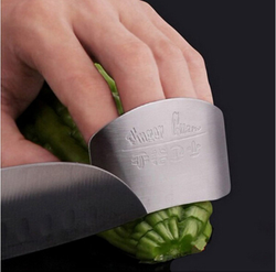 Useful Stainless Steel Finger Hand Protector Guard Chop Safe Slice Kitchen Tool