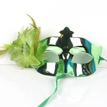 WH-040 Yiwu Caddy High Quality Luxury Feathered purple gold pink blue party mask masquerade masks