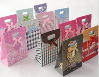 big size19X27x9cm Fashion Promotional Custom Packaging Full Color Printed Paper Gifts Bags