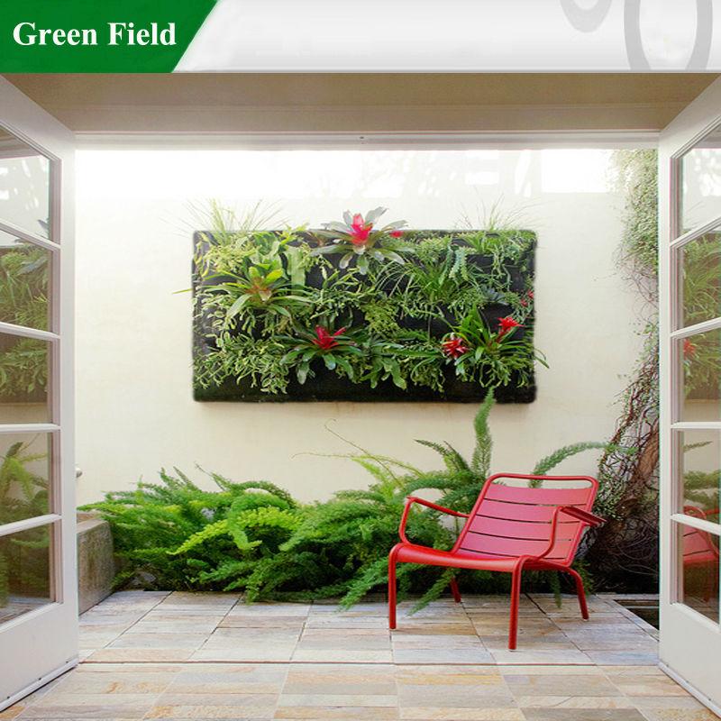Campo verde jard n vertical que viven de jardiner a con for Riego jardin vertical