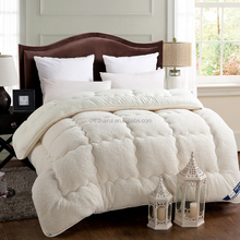Luxury factory sale warm sheep wool quilt,cheap china thick comforter
