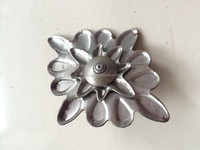 China 's Factory to Make Wrought Iron Stamped Goods /Ornaments in Iron Decorations