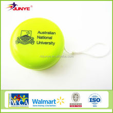 top selling high quality yoyo toys new style made in china supplier customed yoyo badge holder