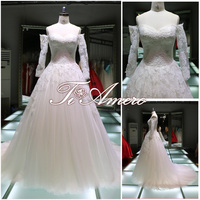 Off Shoulder Appliqued Lace Big Ball Gown A Line Wedding Dress Chapel Train For 2016