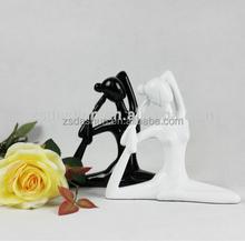 Resin yoga figurines Souvenir, beuty girl yoga statue, resin craft gift yoga figure
