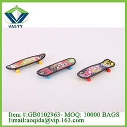 Promotion gift plastic mini custom finger skateboard toy