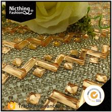 Hotsaler rhinestone diamond mesh golden flower design 24row resin rhinestone mesh trimming decorative stickers for furniture