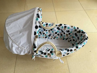 Hot sell handmade maize peel baby moses basket High Quality Baby Carry Basket