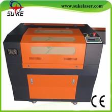 Fino acabamento preço competitivo 60w/80w/100w/130w/150w usada de corte a laser máquina de corte de aço