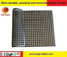 anti-slip commercial kitchen perforated rubber drainage mat