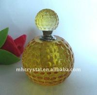 Antique Crystal perfume bottle with screw top MH-X0421