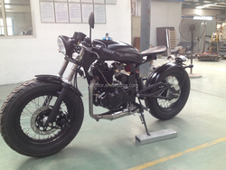200/250cc bobber motorcycle