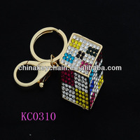 China manufacturer custom made full rhinestone 3D cube keychain