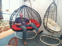 2014 Hot sale Rattan Hanging Bamboo Bubble Swing Chair Cheap Swing