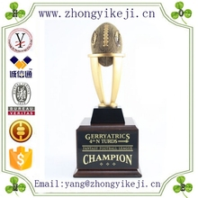 2015 chinese factory custom made handmade carved hot new products resin fantasy football trophy