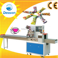 Rotary flow lollipop packing machine