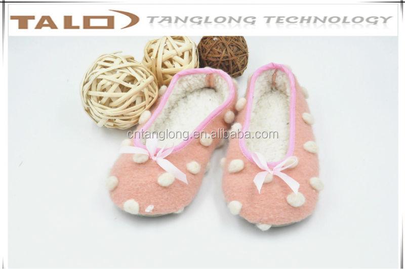 ladies felt dancing shoes,ladies dancing shoes with balls,ladies indoor shoes