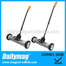 magnético de gran alcance piso sweeper con herramientas de liberación