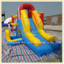 Ruilin small inflatable combo bouncer with basketball hoop