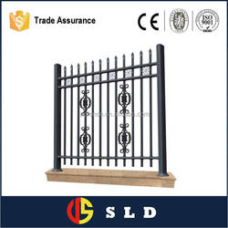 Easily assembled decorative garden fence with CE