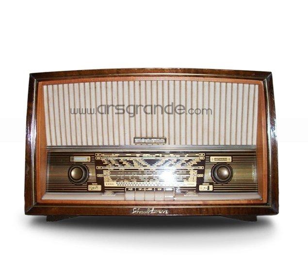 german vintage radio schaub lorenz savoy view german. Black Bedroom Furniture Sets. Home Design Ideas