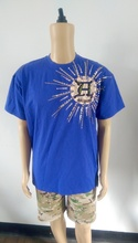 Mens o-neck front chest print & applique & embroidery & hand-sewn beads T-shirt