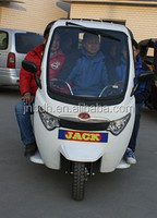 Carport semi-closed motor tricycle