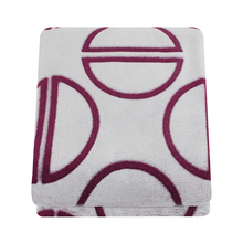 China supplier polyester sculpted hotel bed throws