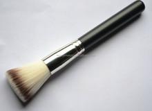 flat top blush brush