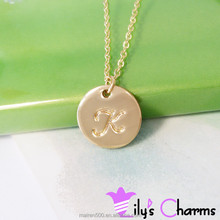2015 hot sale engraved alphabet letter initial disc pendant necklace