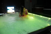 Hot whirlpool bathtub/spa bathtub/spa hot tub with TV