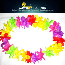 Factory Directly Provide New Style China Alibaba Supplier Christmas Lei