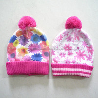 100%acrylic red flower winter hat