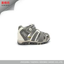 Estilo europeo de diseño suelas para los niños zapatos