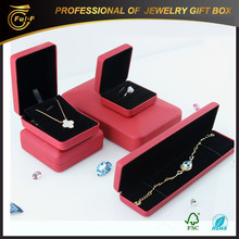 2015 hot sales Customized leather necklace present Gift Box made in china