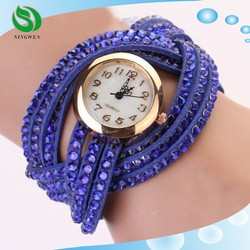 New Design Korean fashion Vogue lady watch