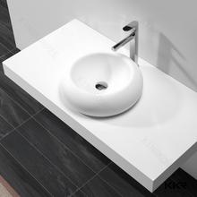 Античная умывальник подставка и небольшой раковина для мытья рук и твердая поверхность бассейна