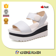 2015 hot selling first layer leather fancy wholesale girls platform sandals