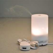 USB SPA Car Fragrance Scent Diffuser Burner Air Freshener Kit with 4 Aroma Oils