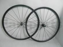 Dt240s moyeu. 24mm tubulaires en carbone roues avec frein basalte. surface